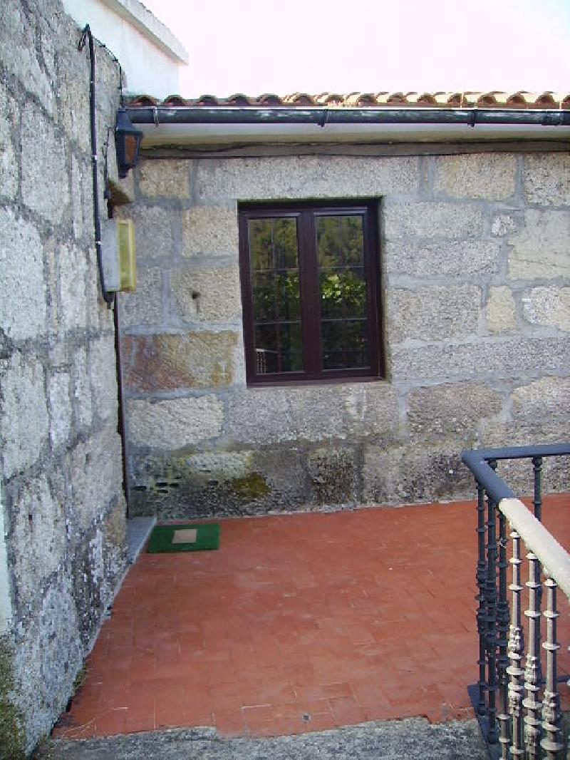 Gondomar casa r stica de piedra reformada ref vcg03 for Casa planta ramallosa